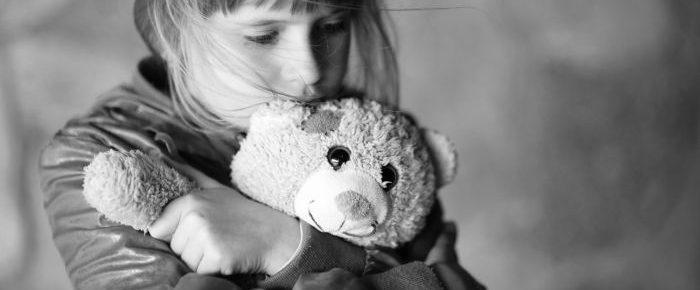 Otrok in žalovanje